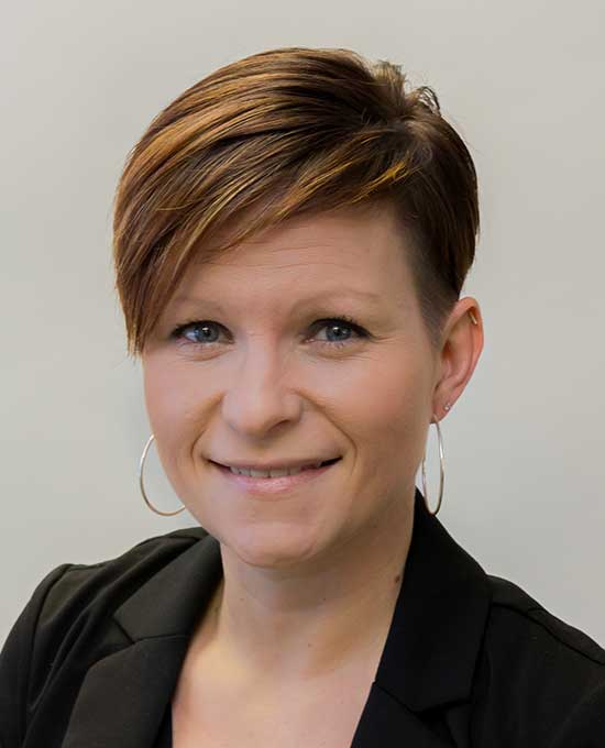 Profile shot of Eryn Cummings